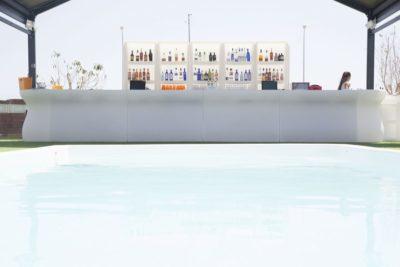 """""""Bartolomeo"""" bancone bar modulare_arredo outdoor in polietilene_R.G.Manifatture"""
