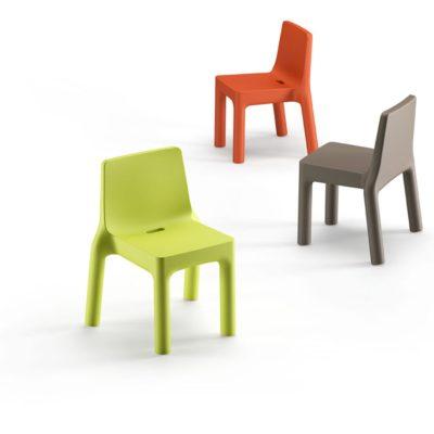 "Sedie colorate in polietilene ""Simple""_arredo outdoor_R.G.Manifatture"