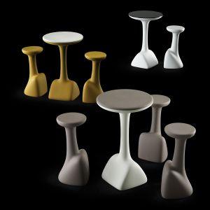 Tavoli e sgabelli Armillaria_arredo bar in polietilene colorato_R.G.Manifatture_vendita online