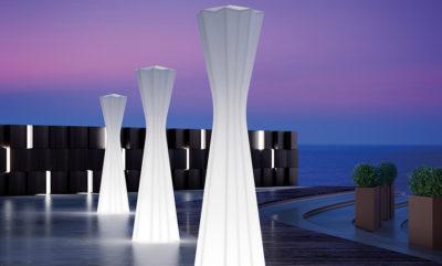 Lampade Frozen_Arredo outdoor luminoso in polietilene_R.G.Manifatture
