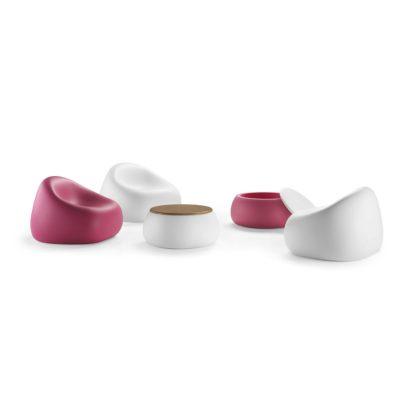 Gumball poltrona e tavolino Tball_Arredo in polietilene colorato_R.G.Manifatture