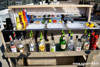Bancone bar in legno attrezzato_vaschette porta ghiaccio_wood set bar_R.G.Manifatture_vendita online e noleggio