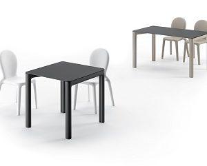 Tavolo e sedia Chloé_arredo in polietilene_R.G.Manifatture
