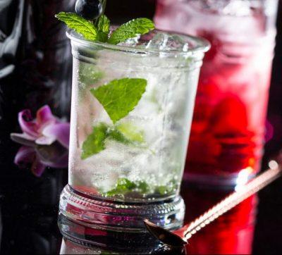Bicchieri cocktail in vetro